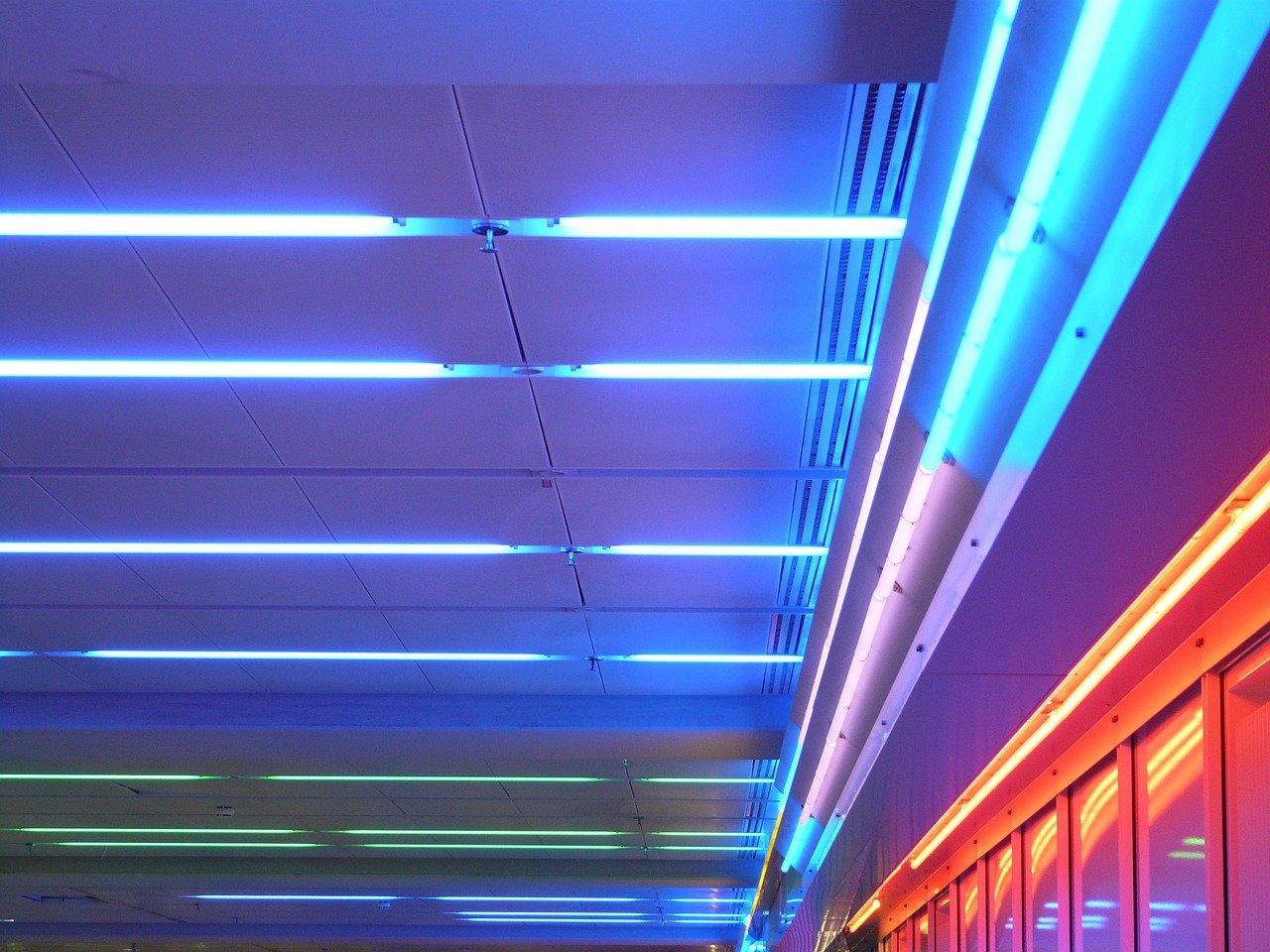 Dobry producent oświetlenia - na co się decydować?