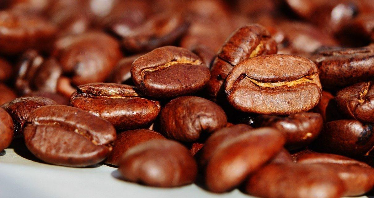 Zalety świeżo palonej kawy