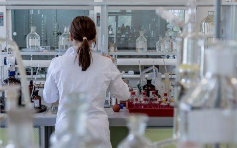 Odzież damska medyczna - co proponują producenci?